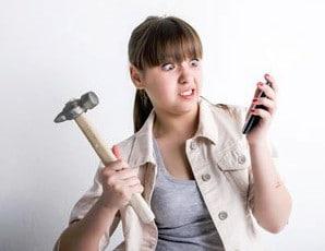 Verizon Wireless user smashing cell phone